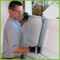 Garage Door Shop Repairs Portland, OR 503-751-3116